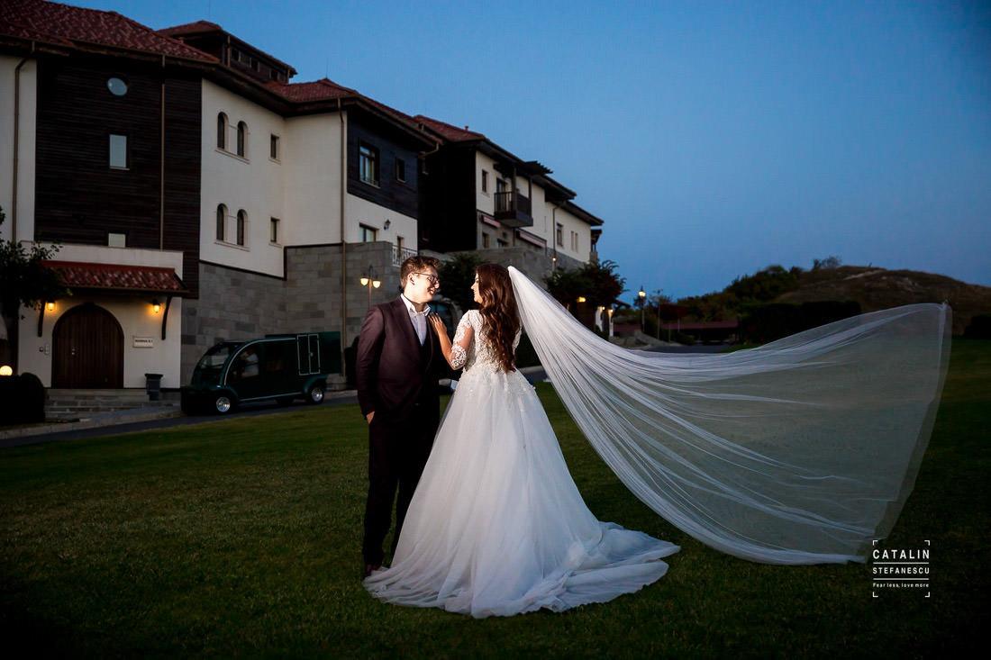 Sedinta Foto Bulgaria - Andreea si Alex - Fotograf Nunta Catalin Stefanescu - Trash The Dress Thracian Cliffs
