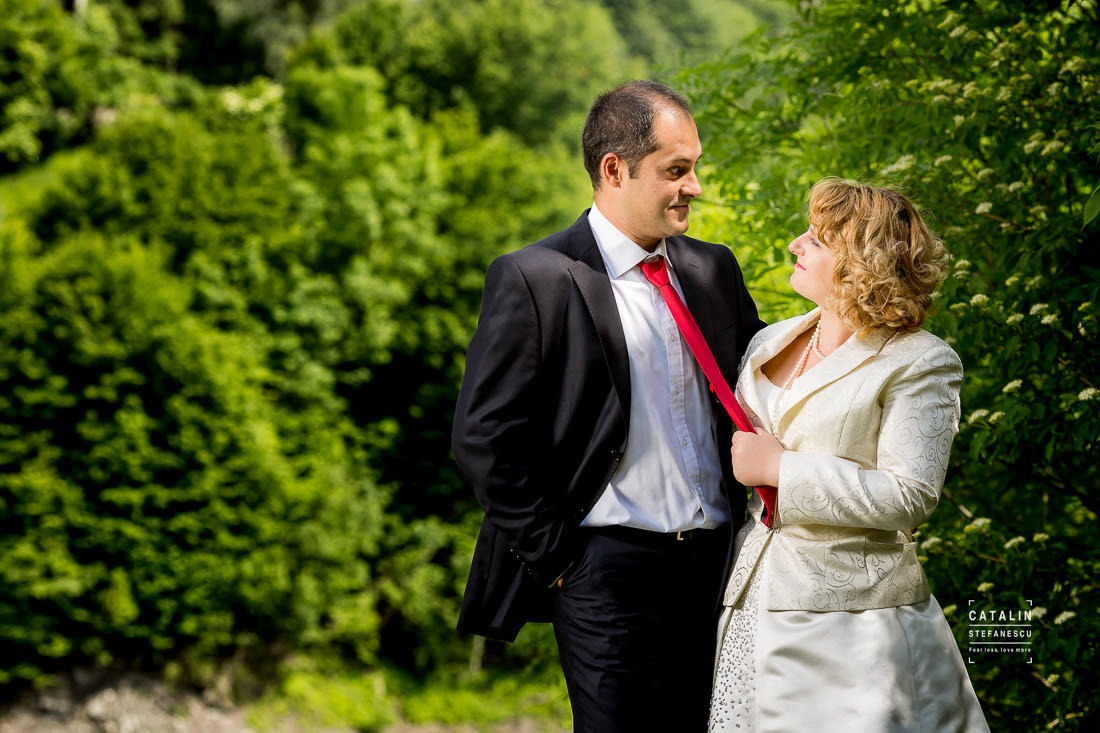 Sedinta Foto Valea Doftanei - Trash The Dress Valea Doftanei - Ioana Si Cristi - Fotograf Nunta Catalin Stefanescu