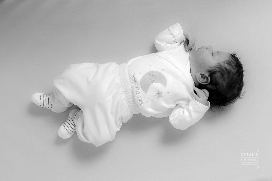 Fotografie de nou nascuti Rares - Fotograf Catalin Stefanescu